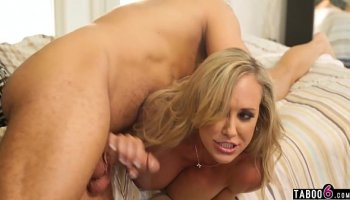 xxx video first time download